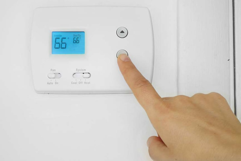 why does my ac turn on and off